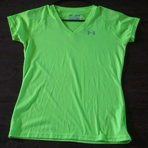 Under Armour Semi-Fitted Tee